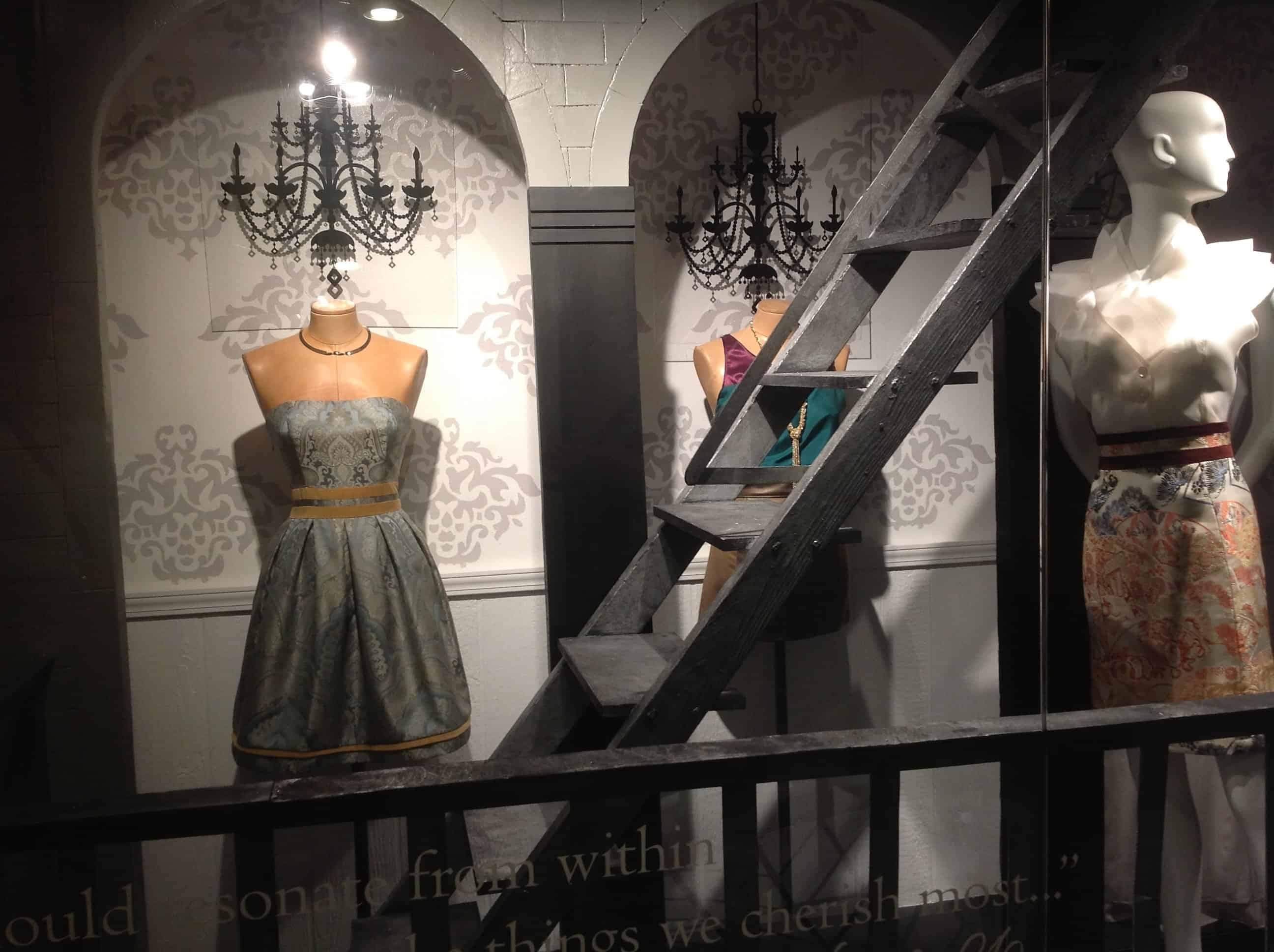 Fidm Window Display With Its Main Campus In Los Angeles The Fashion Insute