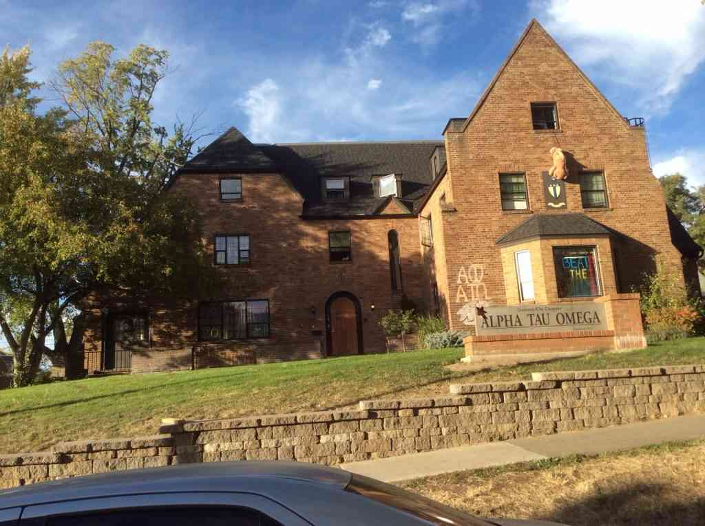 Magellan College Counseling - Washington State Univ fraternity house 3