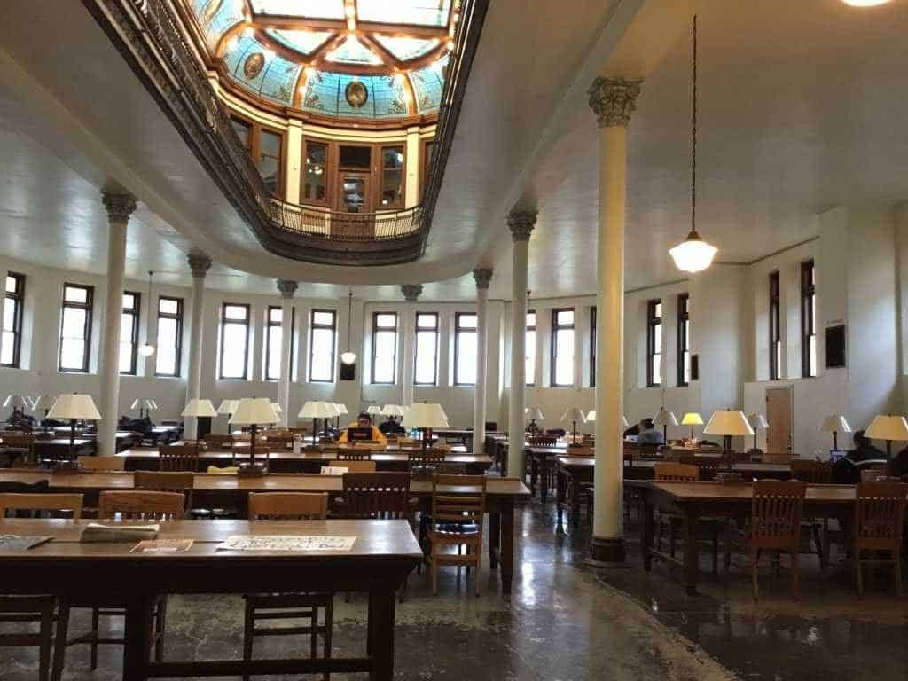 Ohio Wesleyan University reading room
