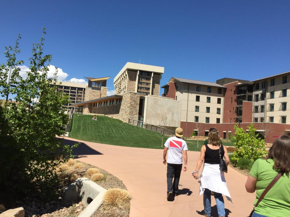 Colo-State-ApproachingDorms