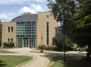 Bryn-Mawr-College-Science-Center-2