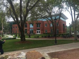Stetson-University-outside-dining-hall-2