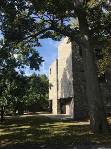 Swarthmore campus vibe 3