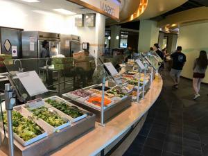 U-of-South-Florida-fresh-food-choices