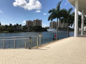 UMiami-Lake-Osceola-walkway-outside-Student-Center