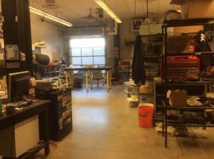 UNH-Engineering-lab-machine-shop-2