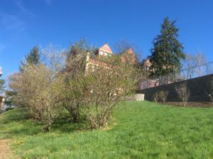 UNH-academic-building