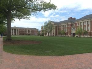 christopher-newport-university-academic-quad-2