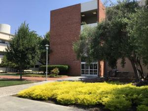 Cal-State-East-Bay-science-building