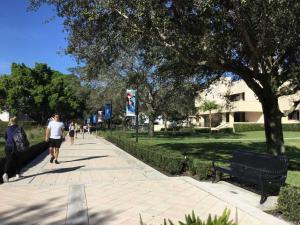 Lynn-University-Evelyn-visit-2019 (10)