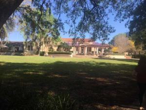 Rollins-College-bookstore-cafe