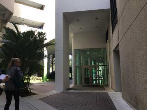 University-Miami-Evelyn-visit-2019 (18)