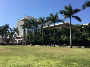 University-Miami-Evelyn-visit-2019 (3)