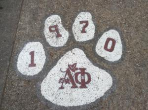 Old-Dominion-Alpha-Phi-paw